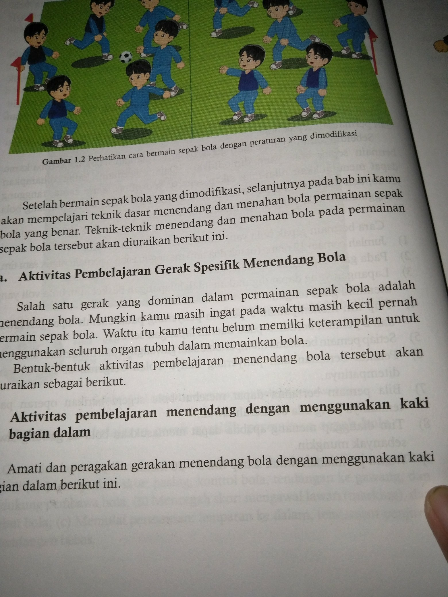 Jelaskan Maksud Dari Permainan Sepak Bola Dengan Peraturan Yang Dimodifikasi Ini Aturannya