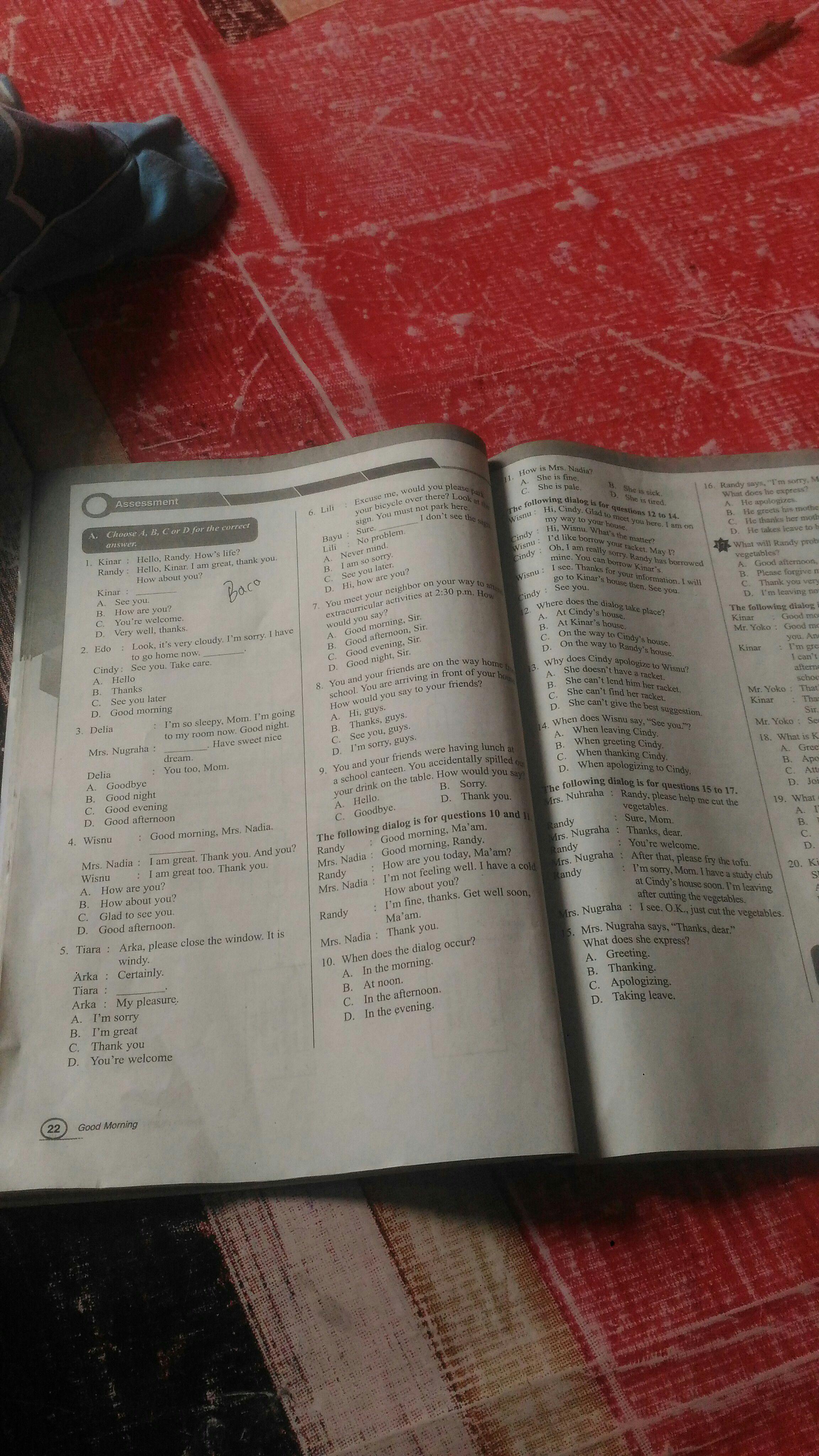 Bahasa Inggris Intan Pariwara Kelas 7 Halaman 22 23 Brainly Co Id