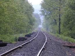 ada yang punya foto asli rel kereta api pada saat memuai dan meyusut g? sya  sangat butuh ni... - Brainly.co.id
