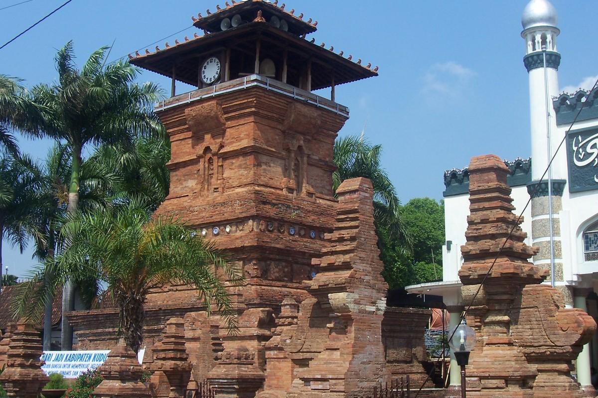 Deskripsikanlah Bangunan Yang Merupakan Wujud Akulturasi Kebudayaan