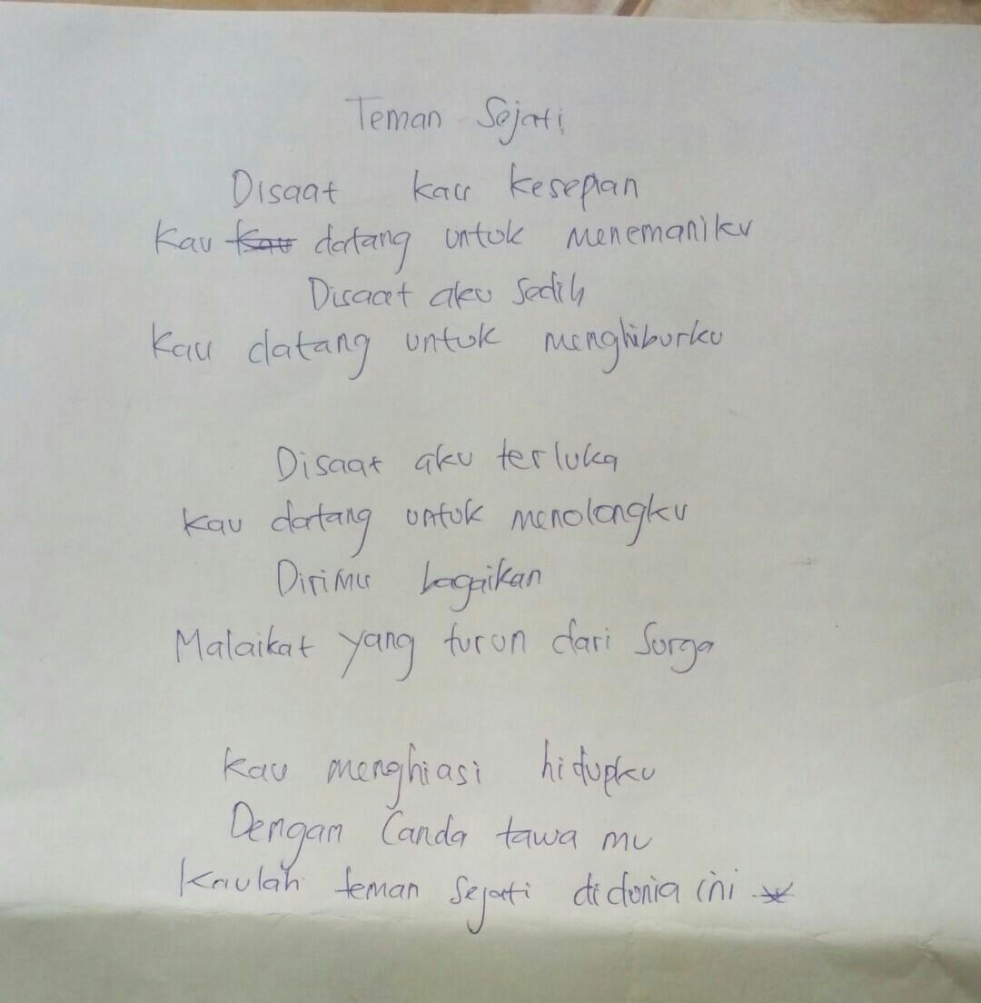 Contoh Puisi Yang Pendek Brainly Co Id