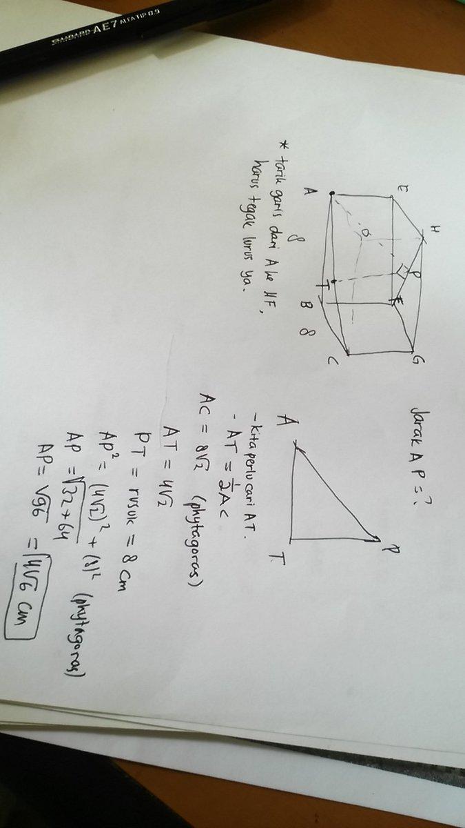 diketahui kubus ABCD.EFGH dengan panjang rusuk 8 cm ...