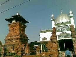 Ciri Ciri Masjid Di Indonesia Yang Menunjukkan Adanya Akulturasi