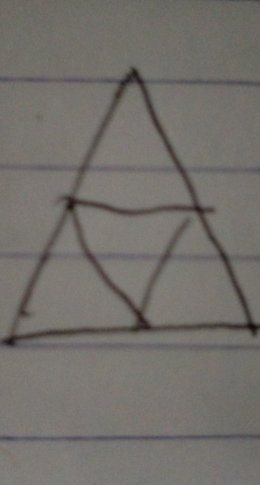 Hitunglah jumlah segitiga pada gambar berikut ! - Brainly ...